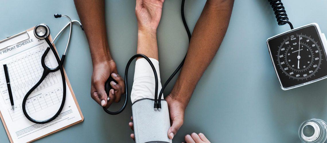 care-check-checkup-905874 (1)